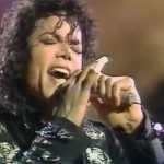 Michael Jackson performing Wanna Be Startin' Somethin' in 1988