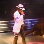 Michael Jackson performing Smooth Criminal in 1988